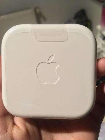 Audífonos y Cargador iPhone Original