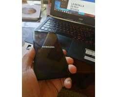 Samsung galaxy J8, 2018, como nuevo, libre, boleta