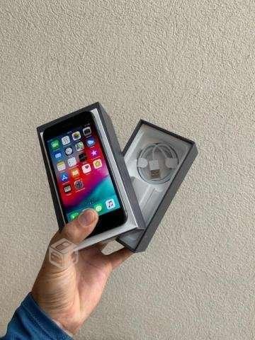 IPhone 8 - Padre Hurtado