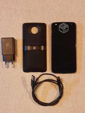 Moto Z2 Play + Accesorio - Providencia