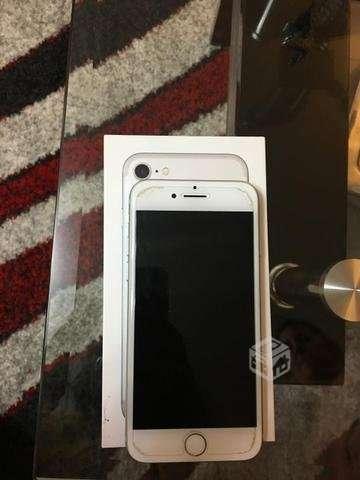IPhone 7 casi nuevo  - Puente Alto