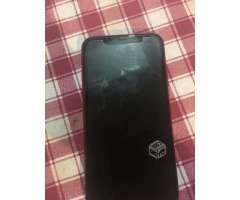 Celular iPhone XR - La Reina