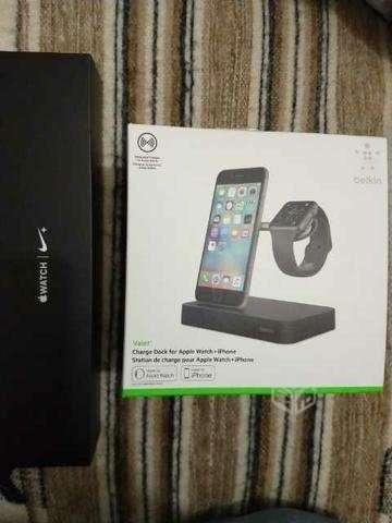 Apple watch y estación de carga iphone y watch - La Serena