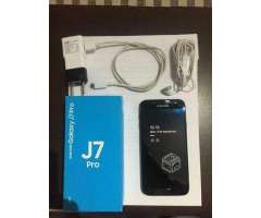 Samsung Galaxy J7 Pro 32GB - Quinta Normal