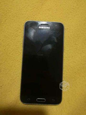 Teléfono samsung galaxy j3 - Antofagasta