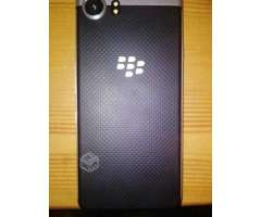 Blackberry key one - Los Lagos