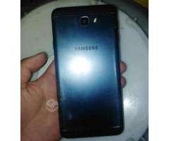 J7 prime , permuto por iphone 6 normal doy dinero - Valdivia